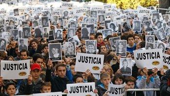 Atentado a la AMIA: familiares piden apartar al fiscal  | Atentado a la amia