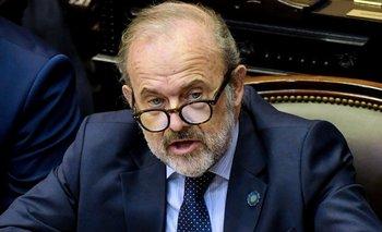 Terrible fallido: Amadeo reconoció la fuga de dólares histórica con Macri | Deuda externa