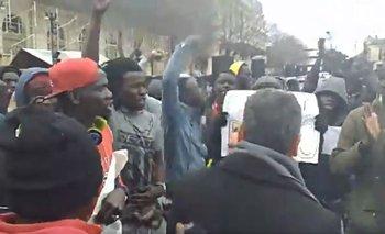 Senegaleses cantaron la marcha peronista en una protesta | Marcha peronista