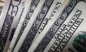 El dólar cerró a $ 45,01   Dólar