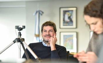 "Lammens restituye becas para ""Las Gigantes"" | Básquet"