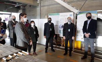 Guzmán, Salvarezza y Affronti en el laboratorio de YPF | Ypf