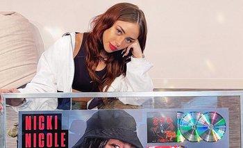 El impresionante paso de Nicki Nicole por España | Música