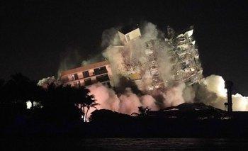 Así fue la demolición de lo que quedaba del edificio en Miami | Video