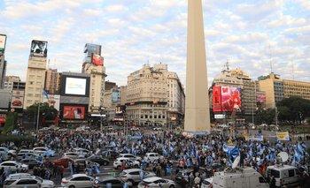 9 de julio: fracaso rotundo de la marcha de la oposición al Obelisco | Pobre convocatoria