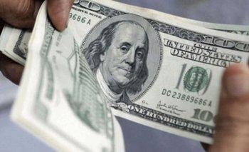 Con pocas operaciones, el dólar oficial sumó dos centavos a $101,77 | Cotización del dólar