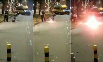 Un joven prendió fuego su moto para que no se la llevara la Policía    Control de tránsito