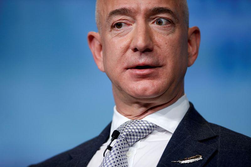 Jeff Bezos listo para un viaje espacial inaugural   Espacio exterior