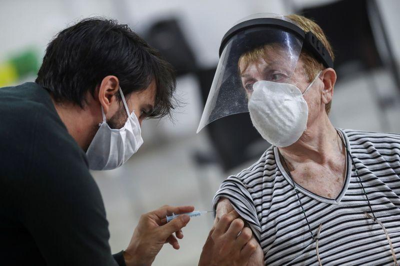 Rusia promete resolver el suministro de vacunas a Argentina | Coronavirus en argentina