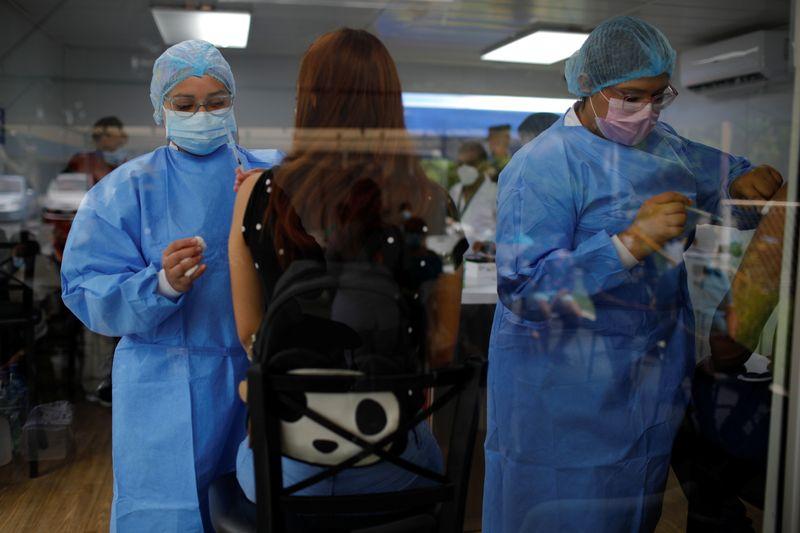 El Salvador recibirá 1 million de vacunas Sinopharm | Salud