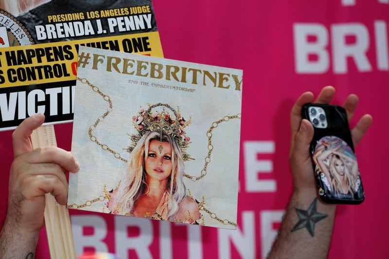 El abogado de Britney Spears busca un custodio para sustituir al padre de la cantante | Britney spears