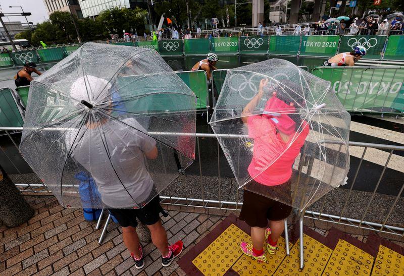 Las tormentas azotan Tokio y causan aplazamientos en los Juegos   Juegos olímpicos