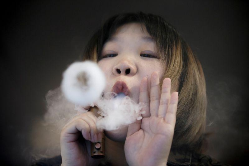 Los cigarrillos electrónicos, la entrada a la adicción al tabaco de los jóvenes  | Salud