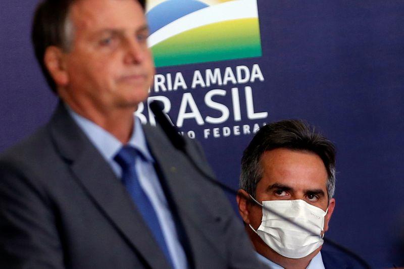 Bolsonaro modifica el gabinete y vuelve a crear el Ministerio del Trabajo | Política