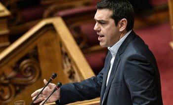La Bolsa de Atenas se desploma 22% tras permanecer cinco semanas cerrada   Crisis en grecia