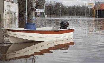 FOTOS: el drama de las ciudades bajo agua   Gendarmería