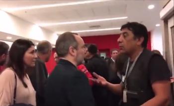 Video: así fue el violento intento de escrache a Martín Sabbatella en un aeropuerto   Santiago del estero
