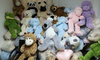 Donan juguetes al Hospital Gutiérrez por el día del niño | Espacio publicitario