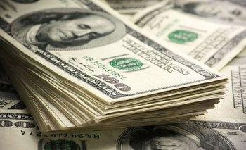 El Gobierno pierde el control del dólar y ya supera los 30 pesos   Dólar
