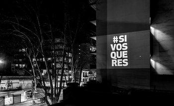 Los misteriosos mensajes políticos contra Macri que aparecieron iluminados en edificios de Capital Federal   Elecciones 2019