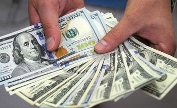 El dólar bajó y cerró a $ 63,07 | Dólar