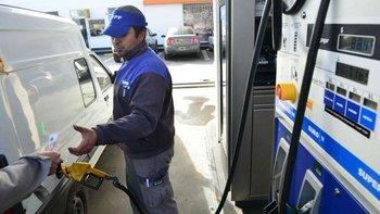 Congelamiento de precios de naftas: Chubut presentará un amparo | Tras los anuncios presidenciales
