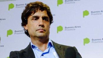 Lacunza recibió por separado a Dujovne y a Sandleris y se prepara para reunirse con Macri | Cambios en el gabinete