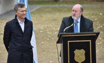El Gobernador de La Pampa enfrentó a Mauricio Macri  | Petróleo