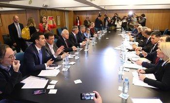 Gobernadores, unidos contra los anuncios de Macri  | Crisis económica