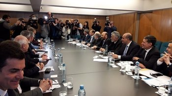 El duro documento que sacaron los gobernadores contra Macri   Crisis económica