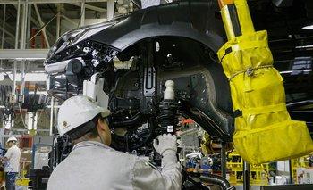 General Motors vuelve a frenar su planta y anuncia otras 355 suspensiones | Crisis económica