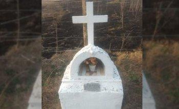 Se incendió un campo y solo sobrevivió una virgen | Santa fe