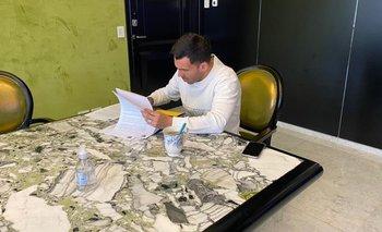 Carlos Tevez firmó su contrato y sigue en Boca Juniors | Boca juniors