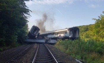 Grave accidente de tren escocés deja múltiples víctimas | Escocia