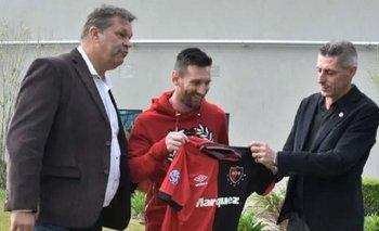Inédita foto de Lionel Messi con la camiseta de Newell's | Fútbol
