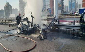 Explotó un auto en General Paz: se escuchó en varios barrios | Accidente fatal