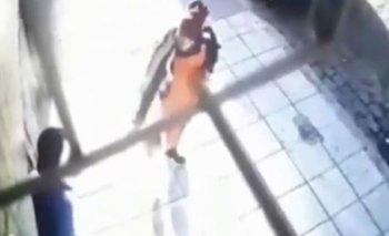 Balean al dueño de un supermercado en posible ataque de la mafia china | Policiales