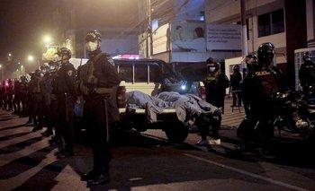 Trece muertos por asfixia en Lima al intentar escapar de discoteca | Perú