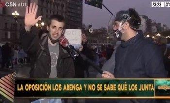 Insólito: un manifestante reclama que quiere tarifas más altas | Servicios públicos