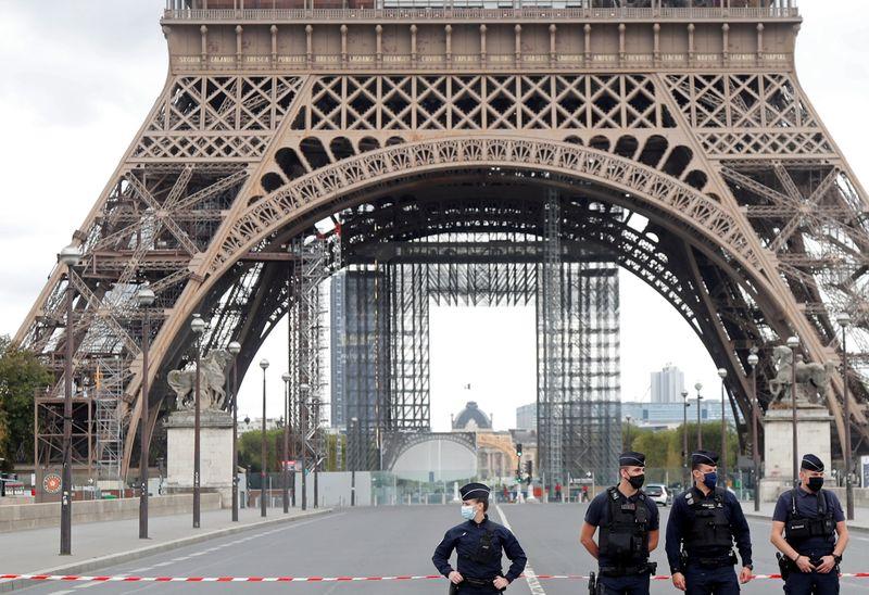 """París 2024 izará la """"mayor bandera de la historia"""" desde la Torre Eiffel   Juegos olímpicos"""