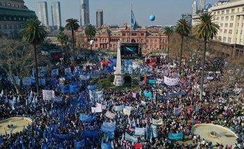 Las organizaciones volvieron a Plaza de Mayo y reclamaron un salario universal | Organizaciones sociales