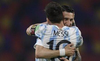 Los jugadores del PSG le dan la bienvenida a Messi tras la oficialización   Messi al psg