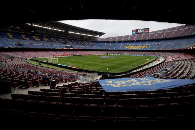 Con pocas estrellas, la liga española inicia una nueva era    Fútbol