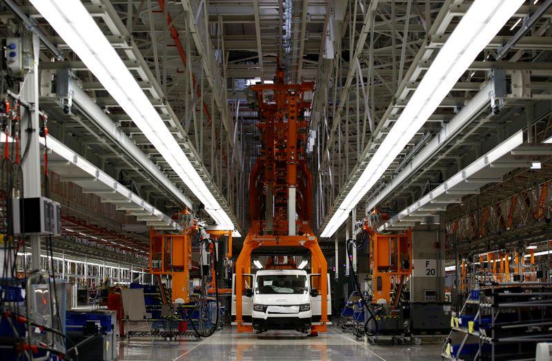 Alemania rebaja la producción de autos por la escasez de un repuesto clave | Automotrices
