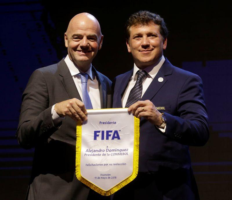 FIFA presiona para que clubes europeos cedan jugadores  | Fútbol