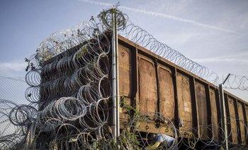 Hungría blinda sus fronteras con alambre de púas y nueva ley migratoria | Siria