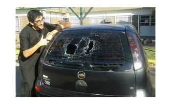 Quería destruir el auto de su ex pero destruyó el equivocado | Noticias insólitas