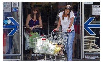 Los shoppings y los supermercados estarán cerrados este lunes | Cámara argentina de comercio
