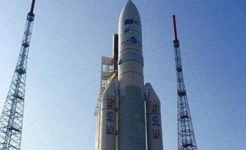 """Para De Vido, el lanzamiento de ARSAT-2 es resultado """"de una década de planificación""""   Arsat 2"""