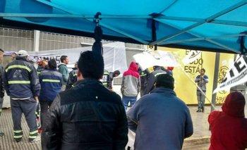 Trabajadores tomaron el Ministerio de Desarrollo porteño | Talleres clandestinos